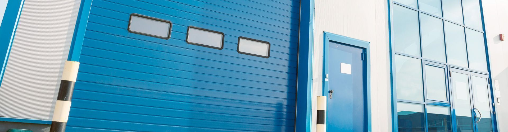 Inicio slide-puerta-abatible-garaje-empresa-1