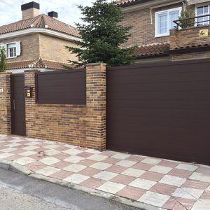 Puerta exterior en aluminio puerta-exterior-aluminio-300x300