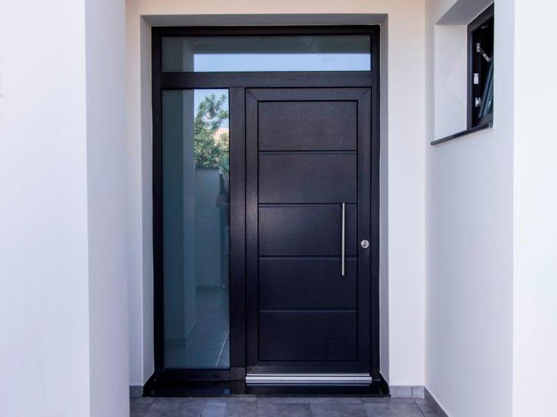 ¿Cuál es el mejor cristal para una puerta de entrada de la calle?